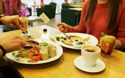 Przepisy na zdrowe i szybkie śniadania dla dzieci